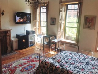 Very large room near central park