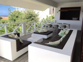 Luxury apartment with sea view at Boca Gentil