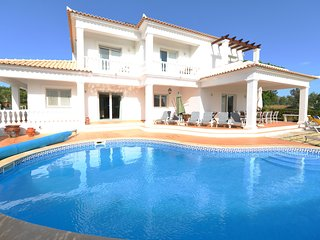 5 bed, 6 bath Villa in the Algarve