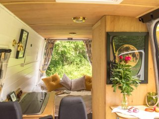 Mo, handmade luxury campervan hire from Quirky Campers
