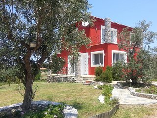The Lovely Red cozy Home of Skiathos