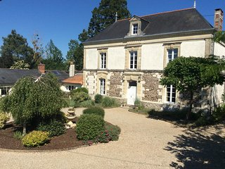 Bed & Breakfast near CERSAY, North Deux Sevres
