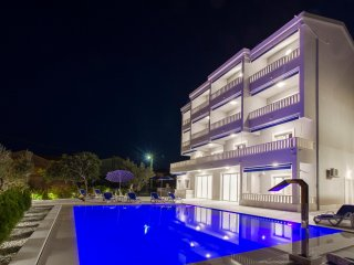 Brand new villa Tramonto with pool and sea view - Luxury two-bedroom apartment-6