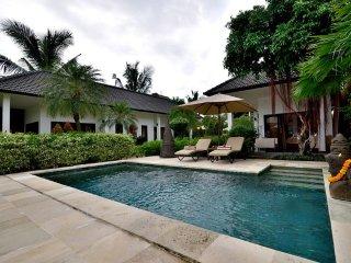 Villa Mahkai Room 2