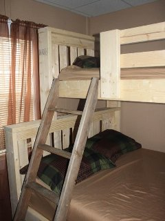 twin over full bunk bed in 2 nd and 3 rd bedroom