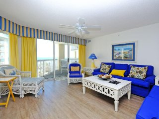 Cambridge 301, 3 bed/3 bath Condo, Litchfield Beach & Golf, Partial Ocean Views