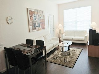 Beautiful 3 Bedroom / 2 Bath Condo Near by Disney