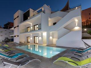 Stunning Villa Luxury 47