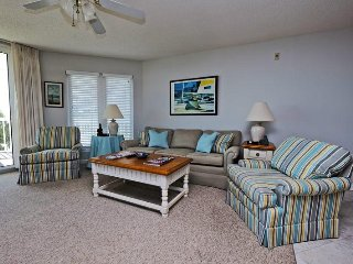 Warwick 209, Litchfield Beach & Golf Resort, 3 bed/2 bath Ocean View Condo