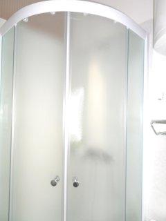 Studio Apartment Mira: shower