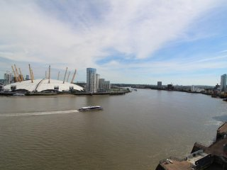 luxury river view apartment overlooking the 02 Arena