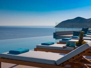 Thalassa Residence, a luxury coastal escape!