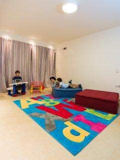 BEDROOM 4- PLAYROOM