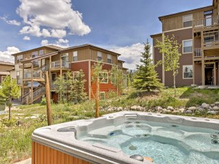 3BR Fraser Condo Minutes to Hiking, Skiing & More