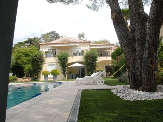 Studio 34m2 +1p rez de jardin face piscine villa privee, pres mer a pied, garage