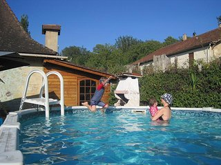 8 x 4m pool