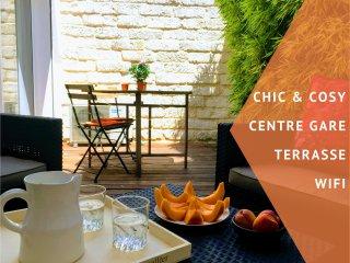 ★ Home Chic Home ★ La Terrasse Bazille - CENTRE GARE + TERRASSE + WIFI