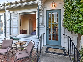 New! Cozy 1BR Santa Cruz Cottage - Walk to Beach!