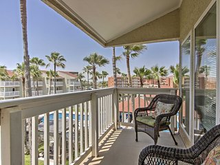 South Padre Condo w/ Pool, Beach Access & Balcony!