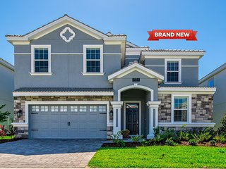 Brand New Stunning Home 9br at ChampionsGate +Private Pool and near near Disney