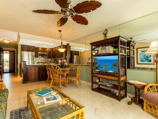 Elegant Remodel With Ocean Views - Central Air -King Bed Kihei Akahi C-604