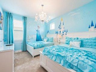 EC137- 5 Bedroom Encore Club Villa