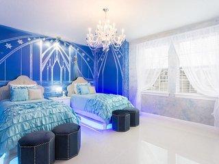 EC125 - 7 Bedroom Encore Club Villa