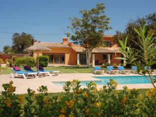 Villa Antonia. Good location and views. Free car included!