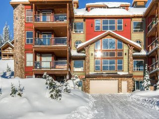 Snowbird 304 is luxury vacation home in Happy Valley, Big White Mountain, BC