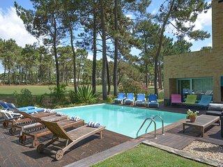 Villa Pinheiros - New!