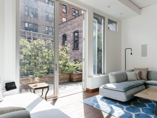 onefinestay - East 83rd Townhouse II private home