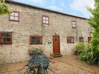 THE DAIRY, beautiful barn conversion, exposed beams, WiFi, dog-friendly, near