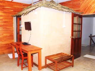 Thotupola Residence - Super Deluxe Room