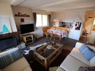 Apartment Skirama - Luxury 3 Bedroom apartment opposite the ski lift