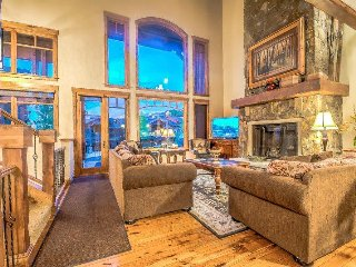 Cimarron Chalet - Luxurious Unit and Great Amenities