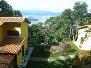 House in the jungle / Casa da Mata Atlântica