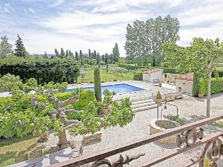Family-Friendly Provence Villa with Pool - Mas Alpilles