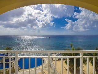 Beautiful luxury home with incredible ocean views, 3bed 4bath - El Cantil 3BN