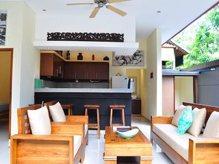 Villa Segara Legian - Brand New 3 Bedroom Private Pool Villa - 300m to beach.
