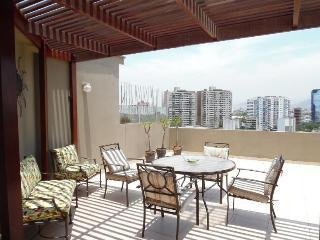 MIRAFLORES PENTHOUSE 5 BEDR for 13 Excellent Location by Larcomar