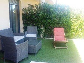 Planta Baja con jardin privado