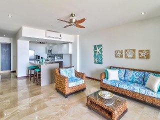 Luxury oceanfront condo w/ ocean views, shared pool & easy beach access!