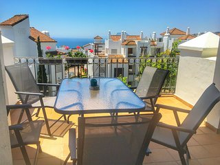 urb Marina de la Alcaidesa Golf & Beach Apartment 2 beds, 2 baths with sea view