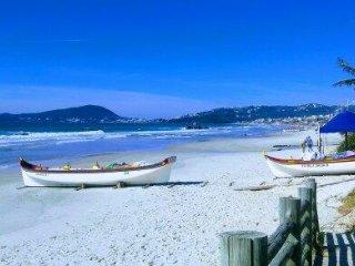 Aluguel de Temporada Apto. para 4 pessoas em Praia de Bombas