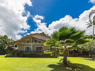 LANINI KAI ~ HANALEI ~ 200 yards to the Beach! TVNC#1168