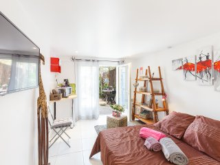 Tiloulocation - location nuitee - chambre Mahinui - Giens / Hyeres.