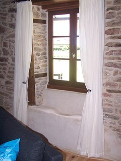 The original limestone sink
