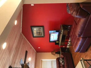 Slippery Rock Retreat 3/3 Cabin Close2Everything  Great Decor Kitchen 2 Masters