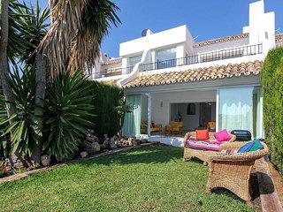 Zafiro - 2 BDR townhouse in Riviera del Sol