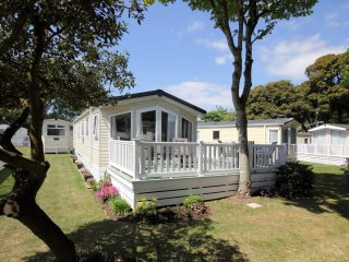Sea Breeze, 26 Sandhills Holiday Park, Mudeford
